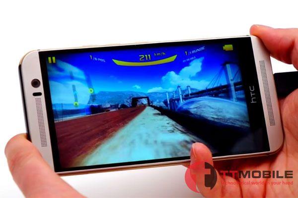 Chơi game trên HTC One M9